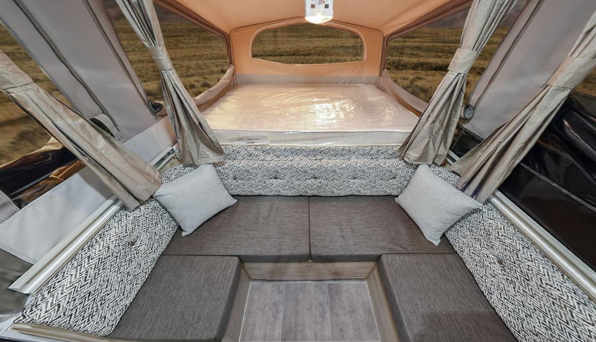 45254 - Camper Trailers