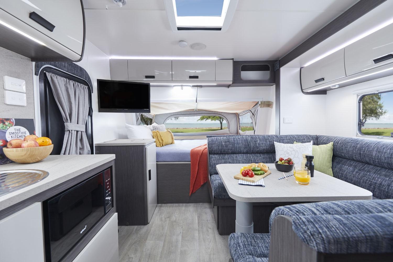 GkcoAZRLSaplM7EQKFlfESZgY - 2020 Jayco Expanda Caravan