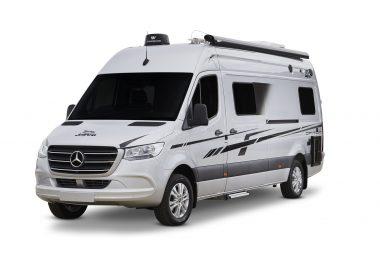 MKvOgkLvl8bdj9Rd7axhAyPVo scaled 380x253 - 2020 Jayco Campervans